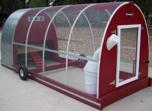 10 Free Chicken Tractor Or Mobile Coop Plans And Designs Portable Chicken Coop Mobile Chicken Coop Diy Chicken Coop
