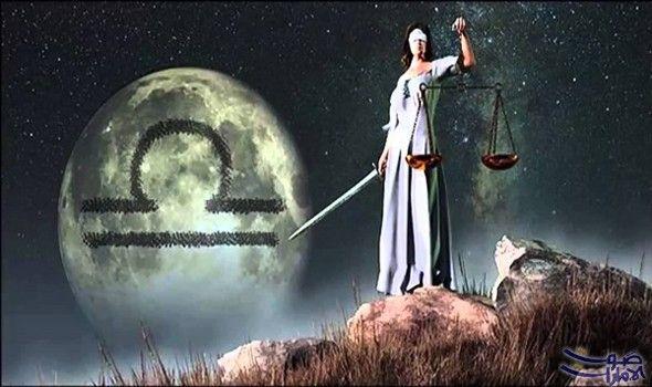 المرأة صاحبة برج الميزان دبلوماسية وتستمع إلى صوت الحق والمنطق تسعى امرأة برج الميزان دوما إلى موازنة Libra Personality Full Moon In Libra Zodiac Sign Libra