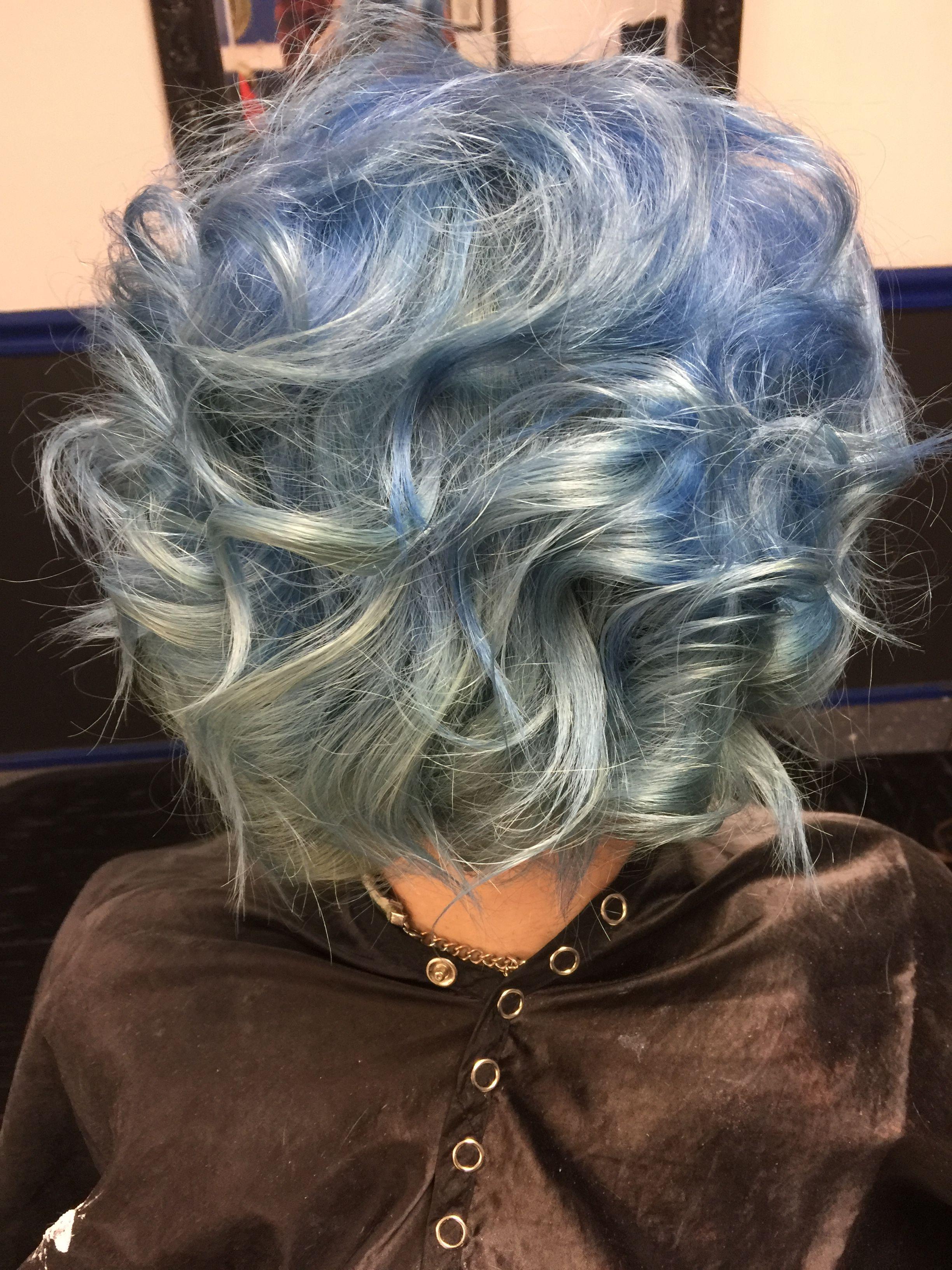 #bluehair #ombre  Hair by emilee klamfoth