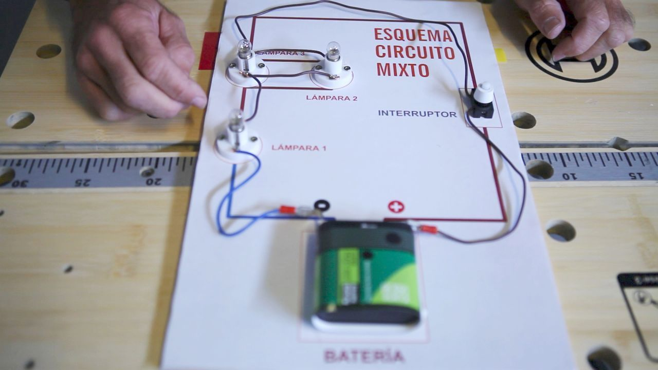 Circuito Electrico Simple Materiales : Megaelectrick △todo sobre circuitos△
