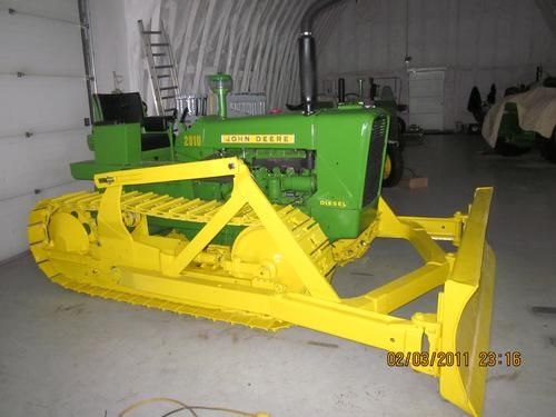 1963 John Deere 2010 Crawler -the engine was taken out and given new rings and head gasket - See more at: http://www.heavyequipmentregistry.com/heavy-equipment/10934.htm