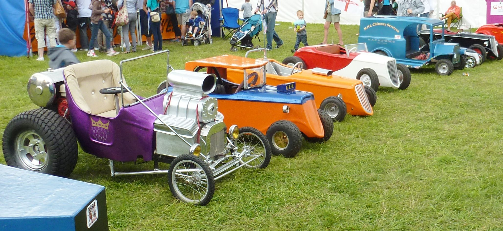 Hot Rods Wedding 011 Jpg 2057 215 946 Cars And Trucks
