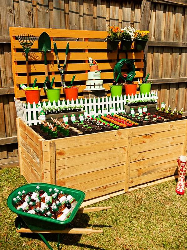Insanely creative veggie patch birthday party garden for Veggie patch ideas