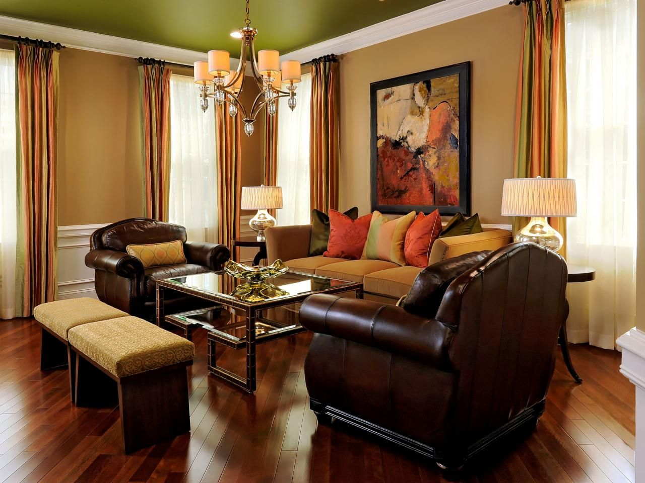 Color infuses every corner of this living room starting with the