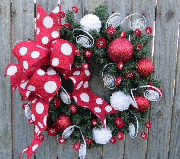 17 Whimsical Handmade Christmas Wreath Designs For Inspiration For - christmas wreath decorations