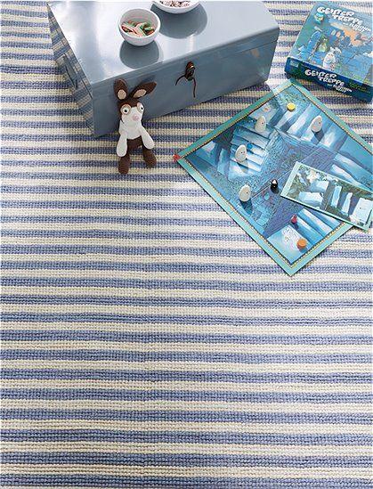 Der Teppich mit blauen Streifen ist aus einem Wolle/Baumwolle Gemisch handgeknüpft. Wählen Sie jetzt Ihre Lieblingsgröße aus bei car-Möbel!
