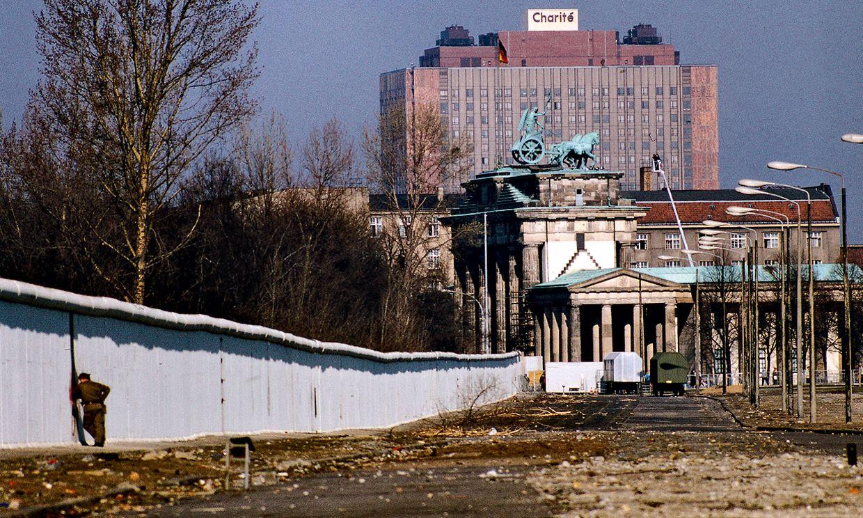 A View Of The Wall Near The Brandenburg Gate Unusually Seen From The Eastern Side West Berlin Berlin Germany Berlin Wall