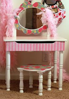Swell A Freakin Dorable Little Girl Vanity Makeover Why Oh Why Lamtechconsult Wood Chair Design Ideas Lamtechconsultcom