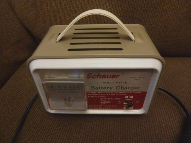 Vintage schauer battery charger 6 or 12 volts Model B6612  #SCHAUER