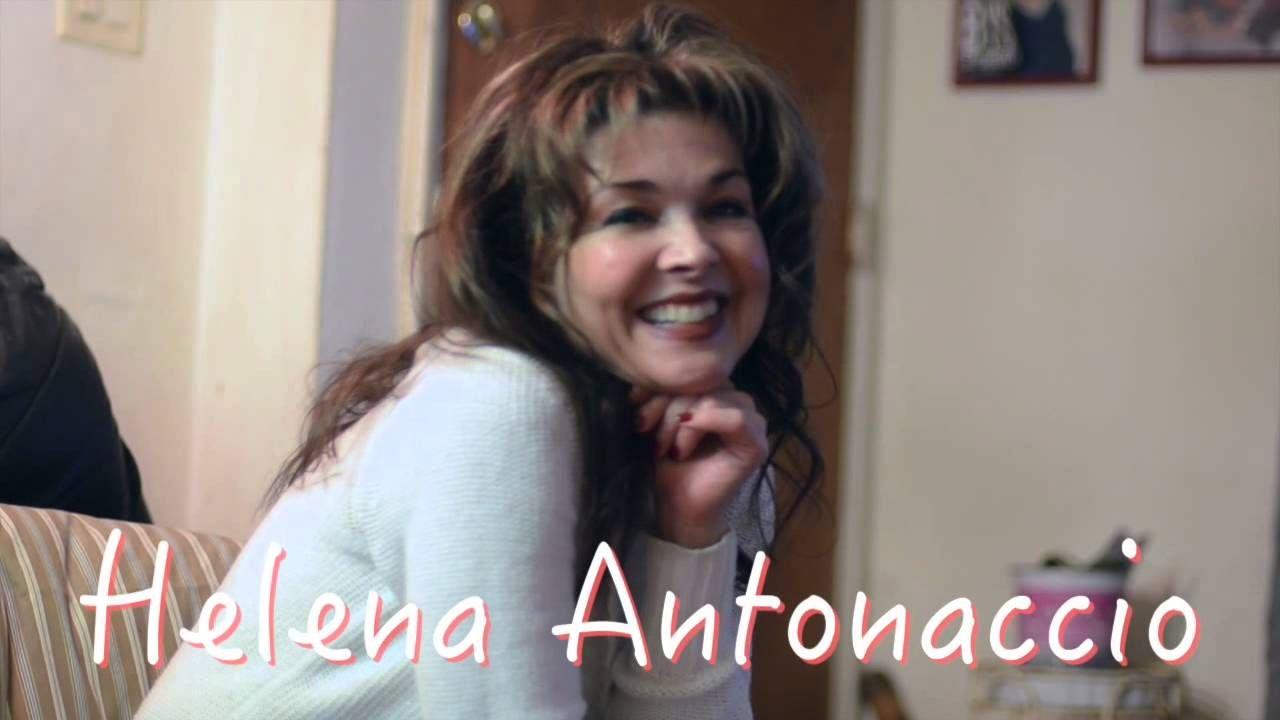 Helena Antonaccio Nude Photos 1