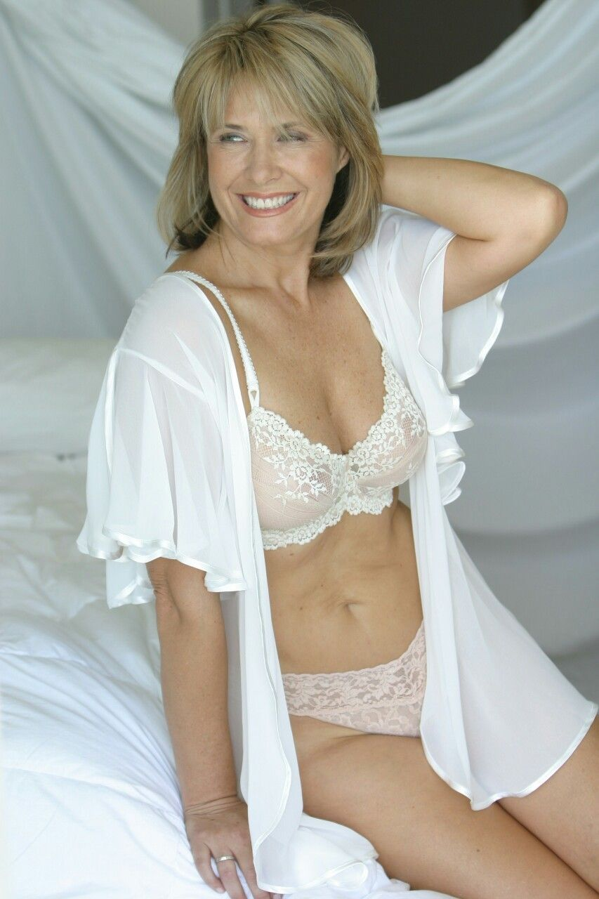 e71a0de80 Top of the Mature Pin Pics, Du Wirst Oma, Lingerie Pictures, Older Women