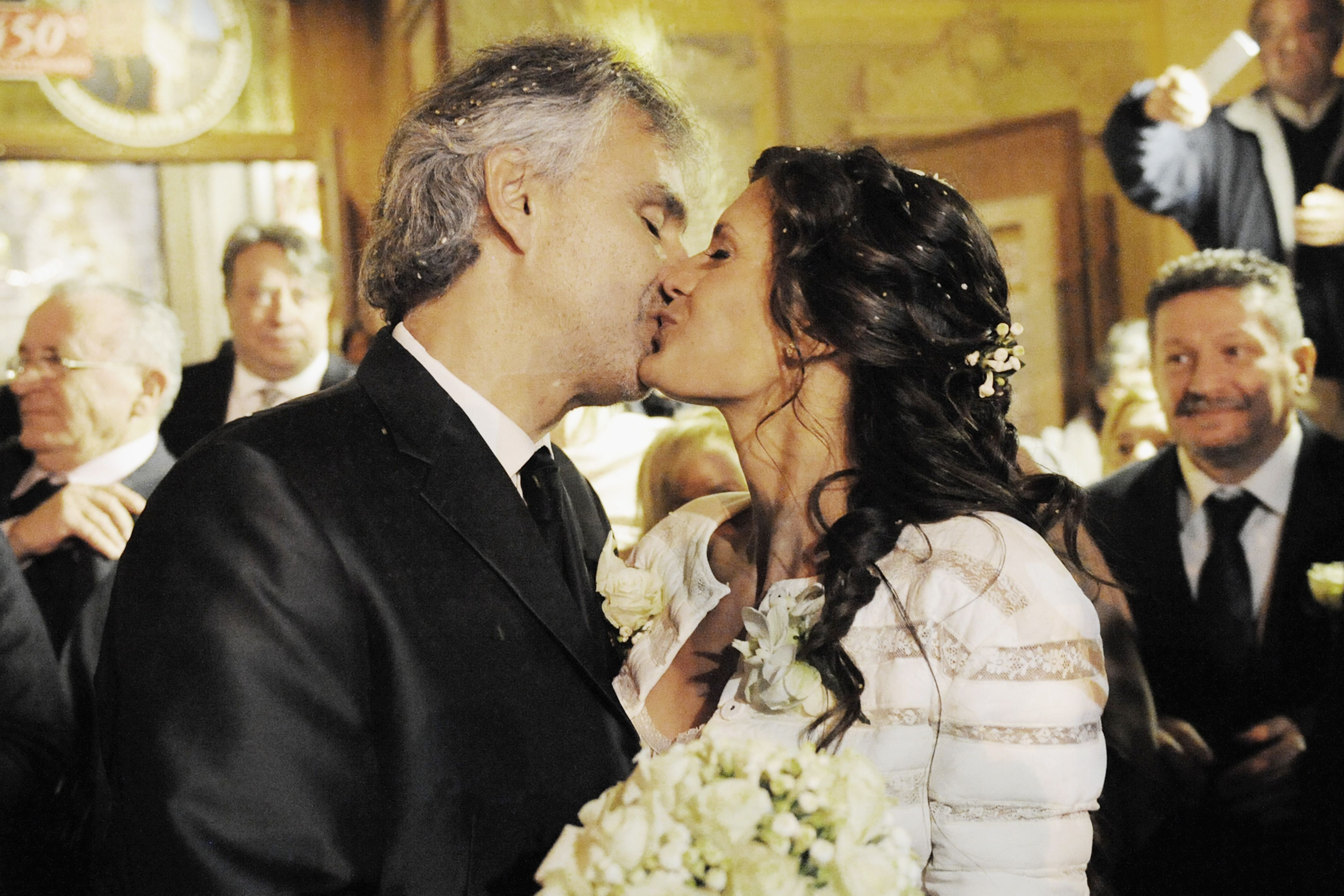 Andrea Bocelli Got Married To His Manager And It Was Just Lovely Classic Fm In 2020 Celebrity Weddings Celebrities Andrea