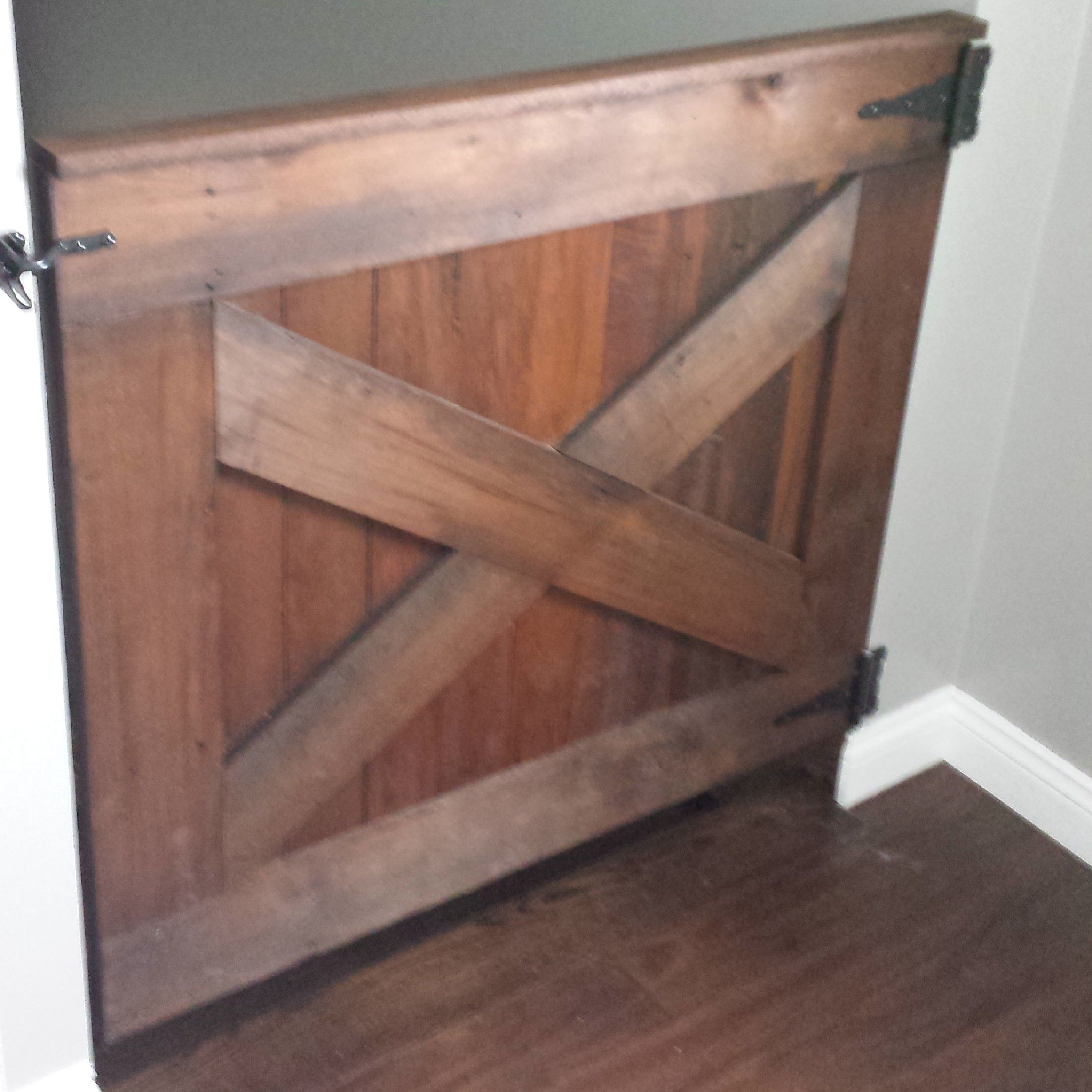 Barn Door Baby Gate Plan Anawhite Com Diy Baby Gate Baby Gates Basement Makeover