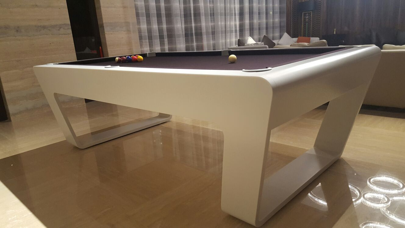 Luxury Billiard Table In A Beautiful Home Pooltable Interior - Luxury billiards table
