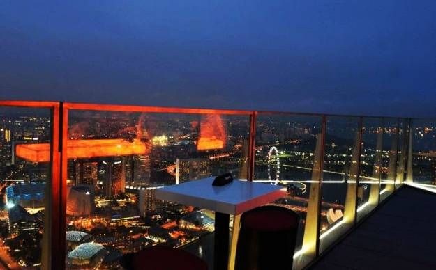 Breathtaking Rooftop Bar Designs And Latest Trends In Decorating Rooftop Bar Bar Design Rooftop Bar Design