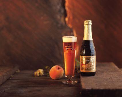 Cette bière belge est excellente, pas trop alcoolisée et bien fruitée!