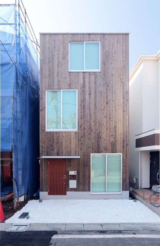 Design Your Own Home With MUJI\'s Prefab Vertical House | Muji ...