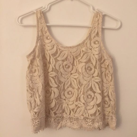Floral Lace Crop Top szS Gently worn crop top, super flattering and cute, matches great with high-waisted jeans or high-waisted colored shorts Xhilaration Tops