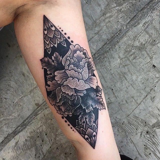#armtattoo by @anthony27tattoo /// #Equilattera #tattoo #Tattoos #tattooed #tattooartist #tattooart #tattoolife #tattooflash #tattoodesign #tattooist #tattooer #tattoooftheday #tattooofinstagram #tattoolove #tattootime #tattooidea #tattooink #mandala #GeometricTattoo #ink #art #geometry #tat #tatuaje #dotwork #linework #original #blackink #flowers /// Posted by @wazlottus