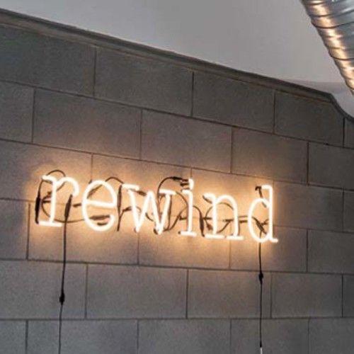 lettre neon NEON ART   LETTRE LUMINEUSE LETTRE B de SELETTI | Neon lettre neon
