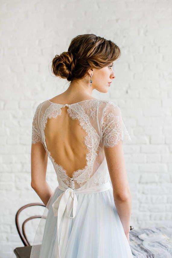 Viki / robe de mariée bleu clair avec dentelle Garni au dos et