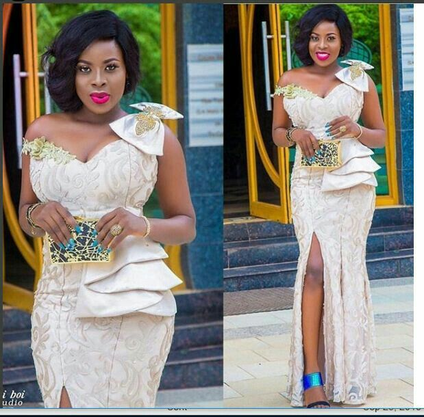 Pin By Aba Benedicta On Aso Ebi Styles Lace Styles For Wedding African Prom Dresses Lace Gown Styles