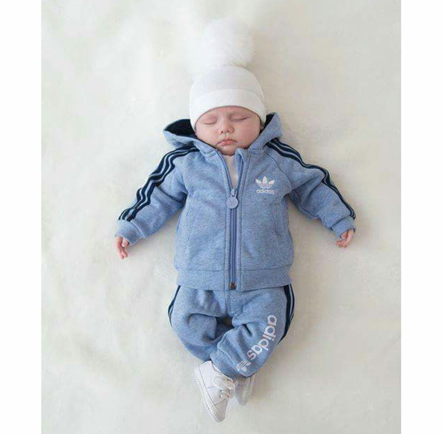 Baby Adidas Anzug 3 Babys Baby Anzug Adidas Anzug Und Baby Outfits