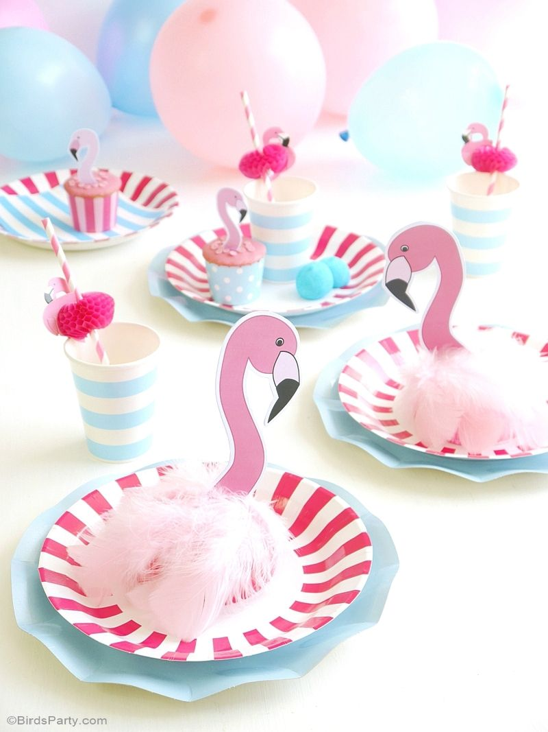 diy d coration de f te anniversaire flamant rose birthday table decorations birthday table. Black Bedroom Furniture Sets. Home Design Ideas