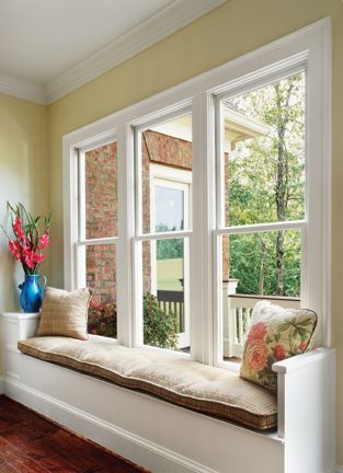 The Willmar Es3500 Single Hung Vinyl Window Is Energy Star Qualified And Meets Egress Emergen Single Hung Windows Double Hung Windows Exterior Sunroom Windows