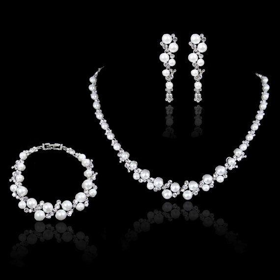 Brautschmuck swarovski kristallen  Weiß/Ivory Perlen Swarovski KristallSchmuckSet von Voguejewelry4u ...