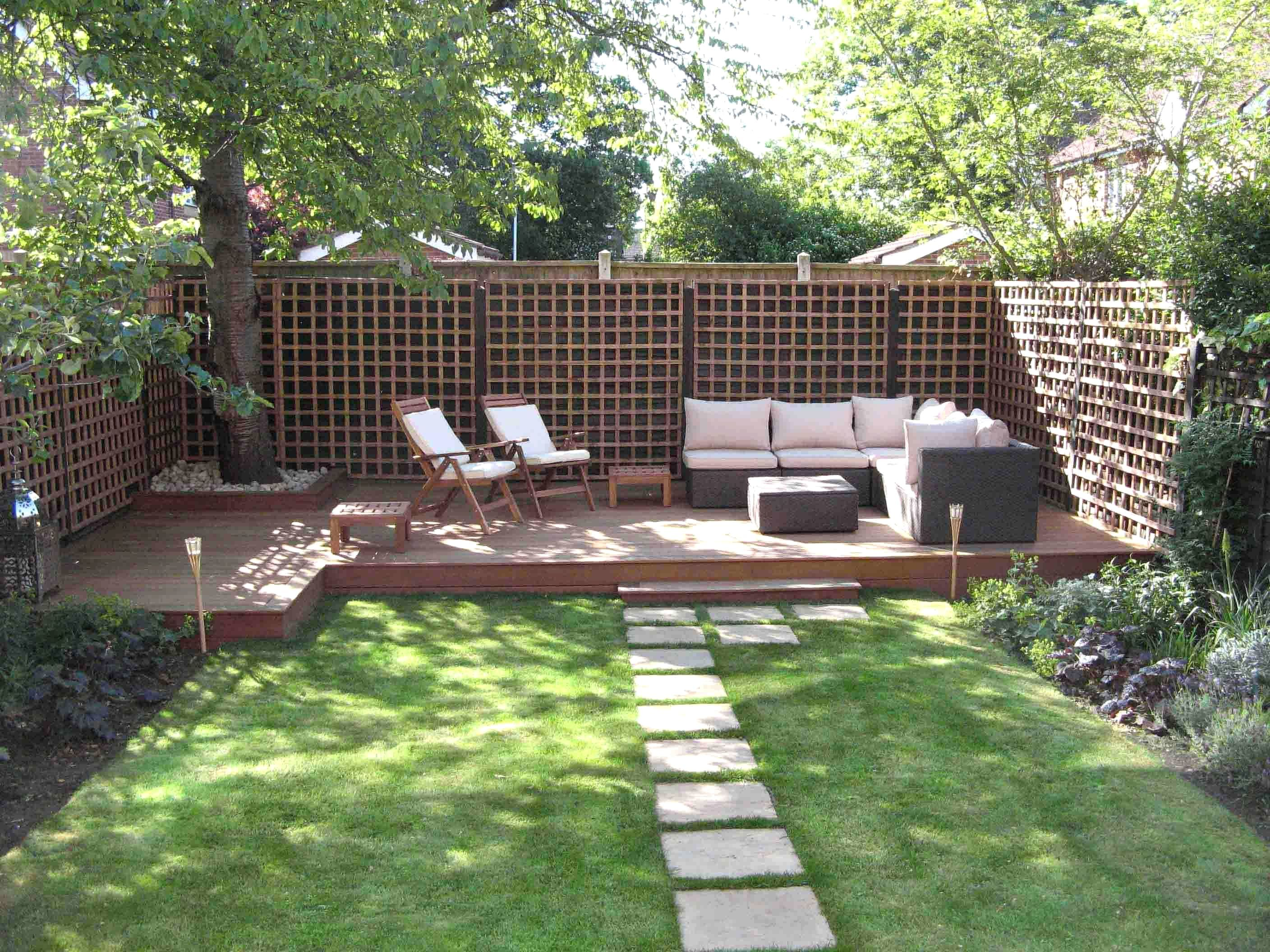 GARDEN DESIGN IDEAS CANADA  Small backyard landscaping, Small