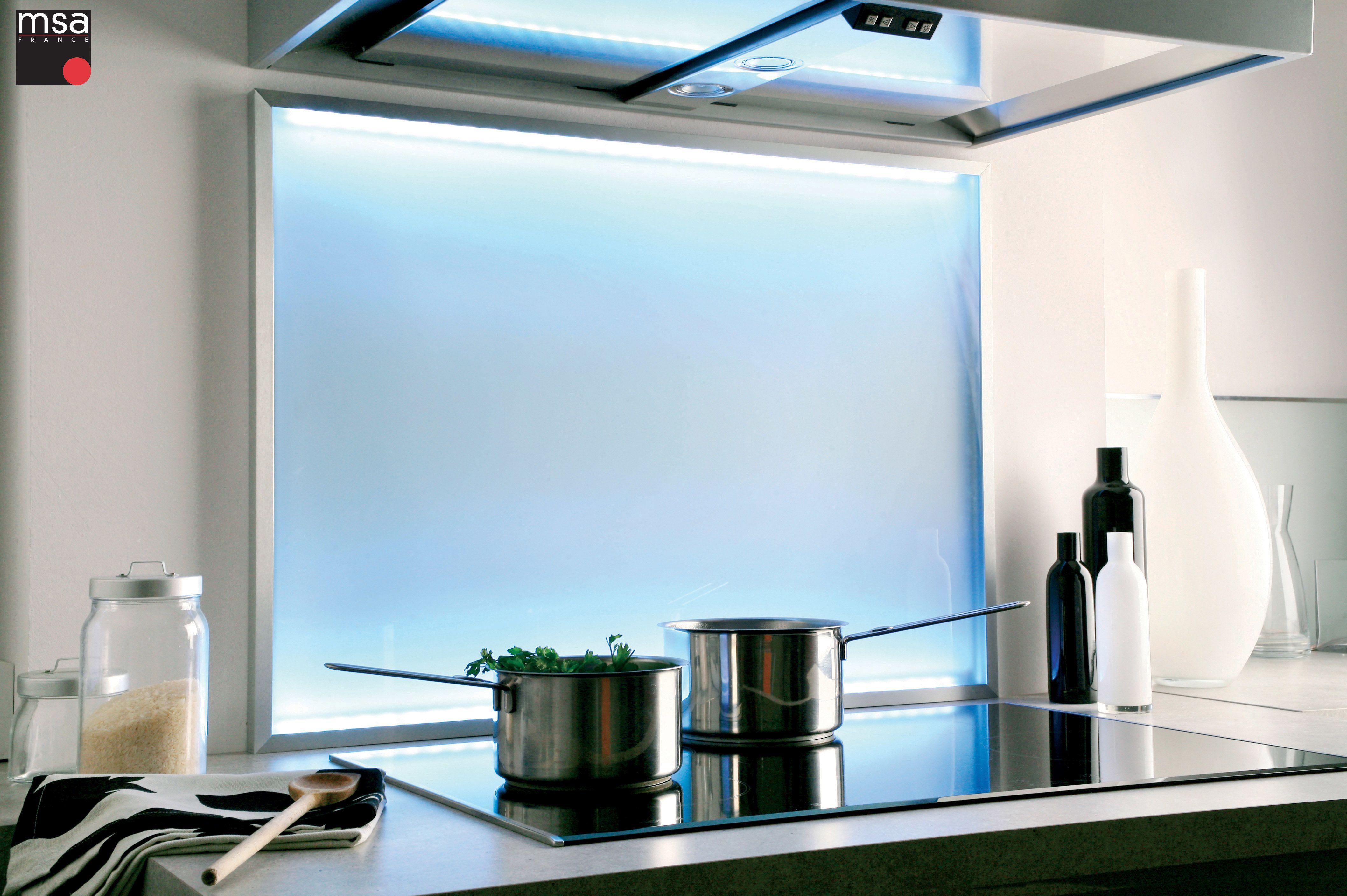 Credence Verre Ilot Central crédence en verre avec éclairage led intégré composée d'un