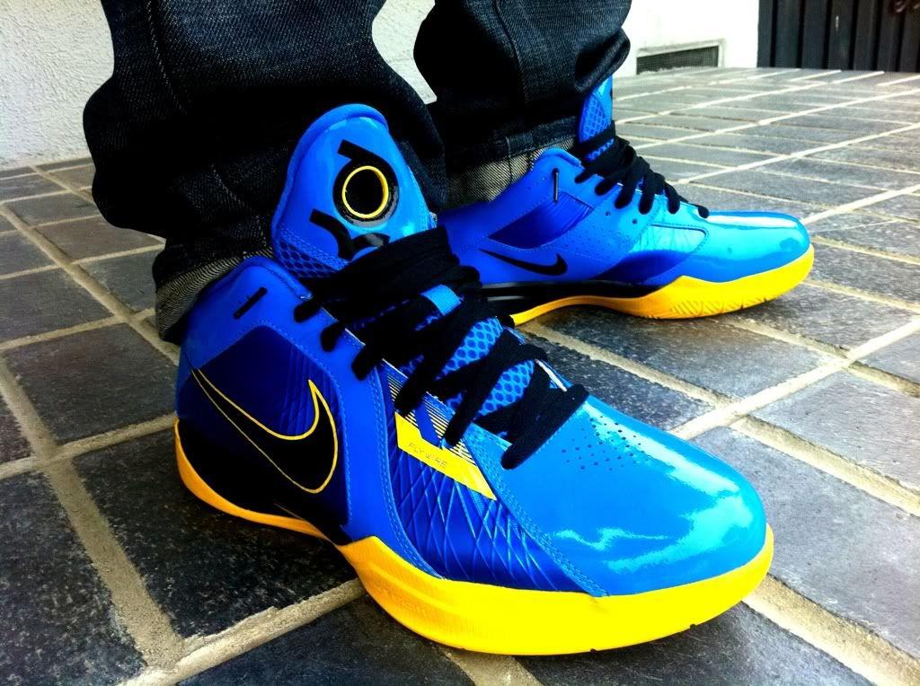 99a954b4076 KD3 ID Entourage Nike Zoom
