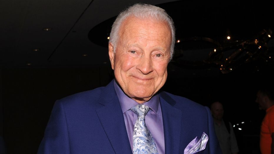 Lyle Waggoner, 'The Carol Show' star, dead at 84