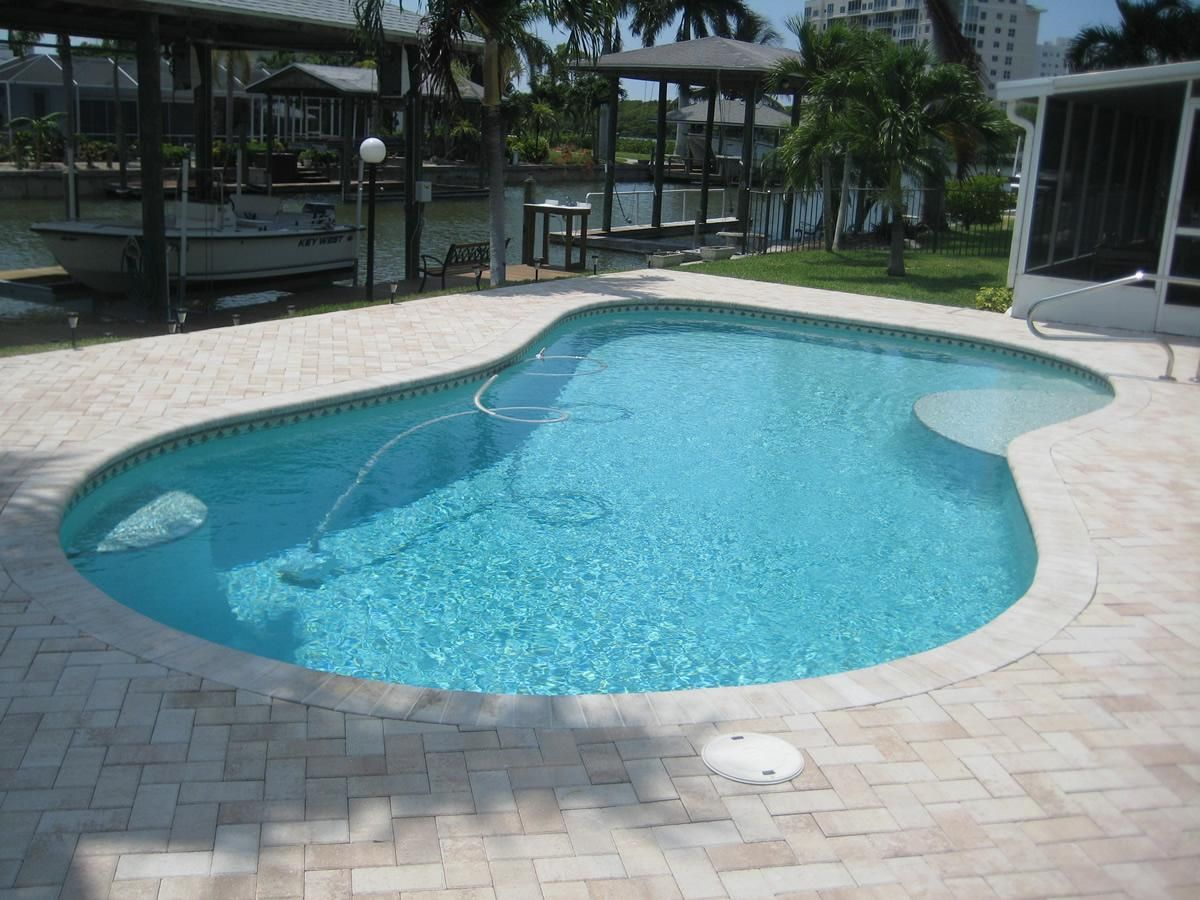 Suncoast Custom Pools Naples Florida