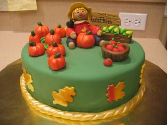 Cute Fall & Halloween Heavenly Holiday Desserts (3)