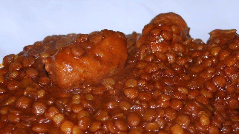 Come preparare Lenticchie con salsiccia veloci col Bimby della Vorwerk, impara a preparare deliziosi piatti con le nostre ricette bimby
