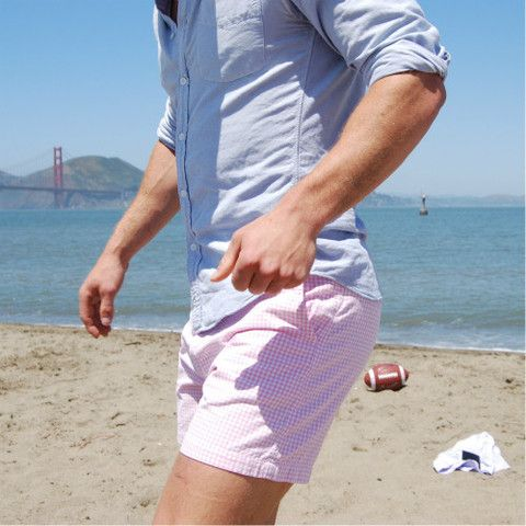 Love the crisp, preppy look. A light blue oxford goes well with ...