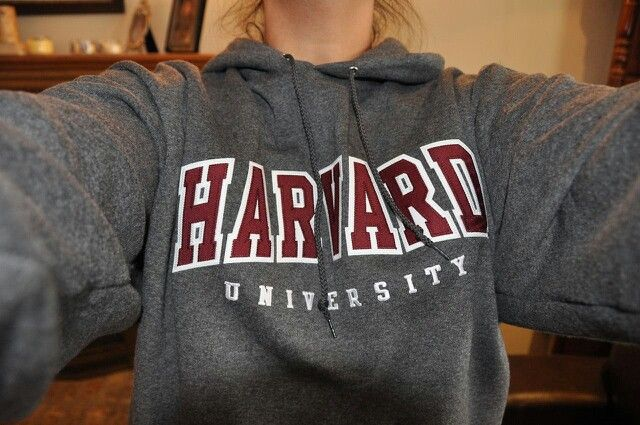 harvard sweatshirt. ♡