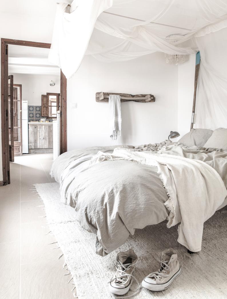 ordinary einfache dekoration und mobel die richtigen textilien fuer das schlafzimmer 2 #1: Helle Einrichtung für das Schlafzimmer