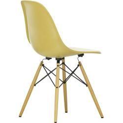 Designermöbel Eames, Stühle und Massivholztisch