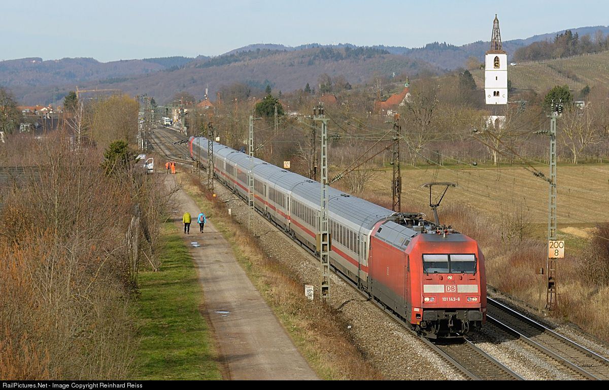 101 143 DB AG 101 at Denzlingen, Germany by Reinhard Reiss