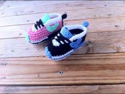 Baskets Nike bébé au crochet 2 Baby sneakers Nike crochet
