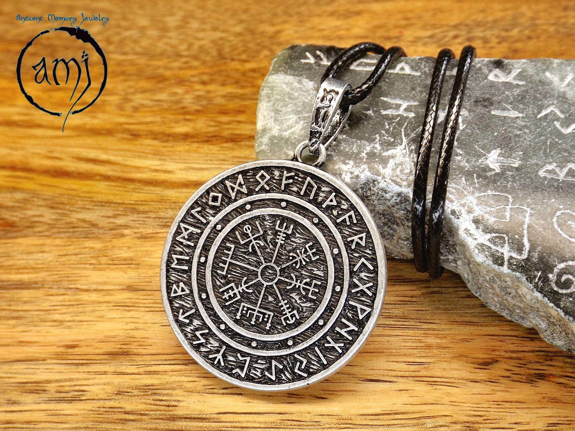 Viking Vegvisir Compass Keyring and Badge .