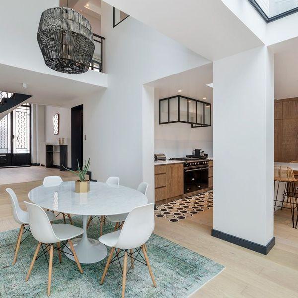 Maison Boulogne Billancourt Renovation 250 M2 Avec Terrasse Avec Images Maison Maison Style Cuisine Salle A Manger