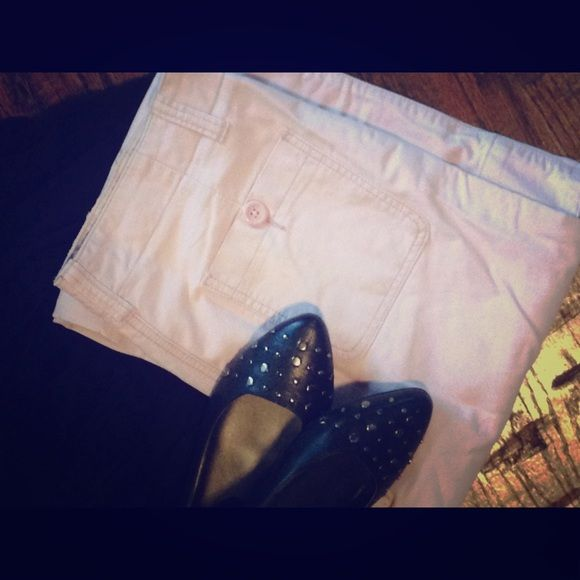 American Eagle Outfitters pink trouser Light pink pants that are super comfortable. 100% cotton. American Eagle Outfitters Pants Boot Cut & Flare