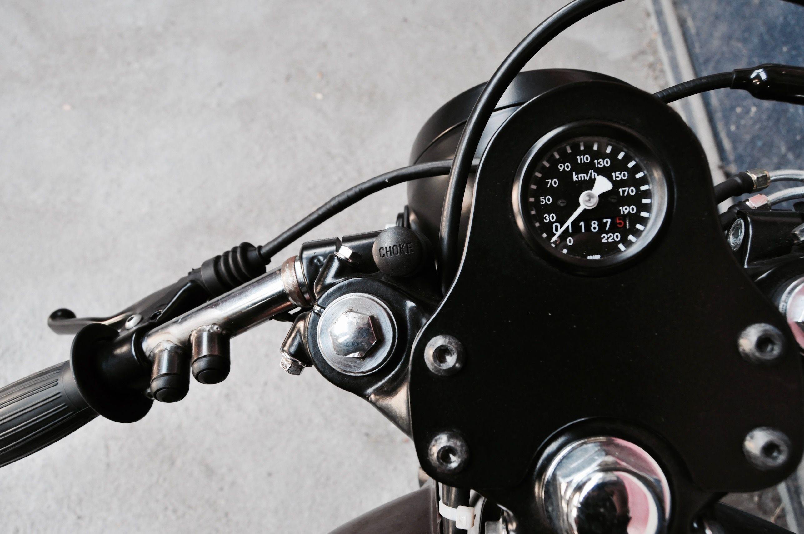 Honda CX400 Cafe Racer Par LEtabli Garage