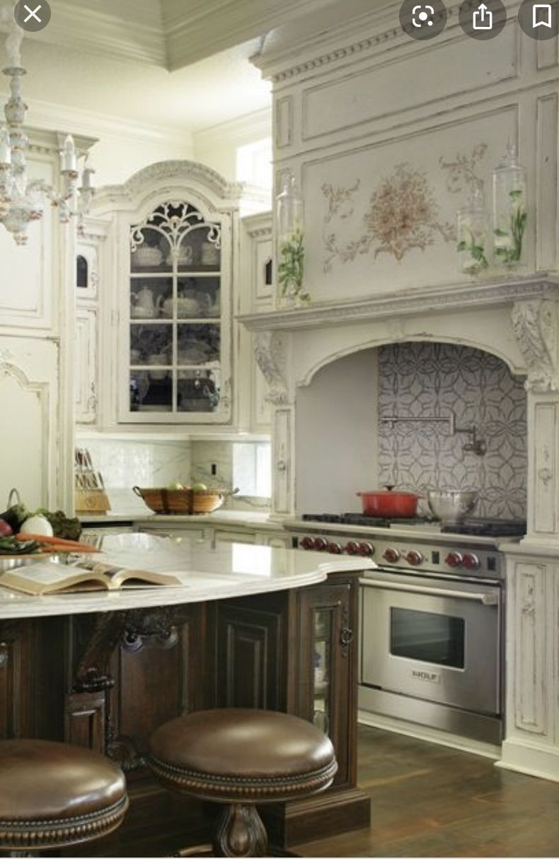 Pin By Britta On Kitchen In 2020 Luxury Kitchens French Country Kitchens Country Kitchen