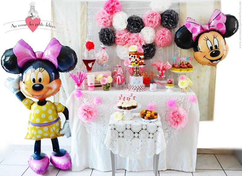 Anniversaire thème Minnie, candy bar, sweet table, buffet