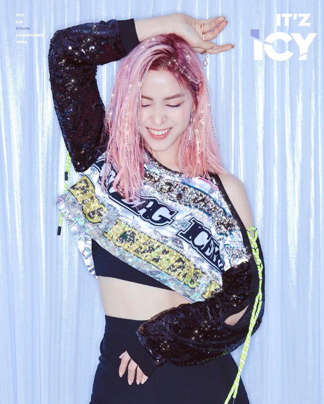 Pin By Karen Rodriguez On Itzy In 2019 Kpop Kpop Girl
